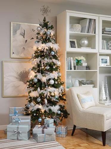 Біло-блакитна новорічна тема