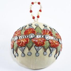 Новорічні кулі зроблені з полімерної глини
