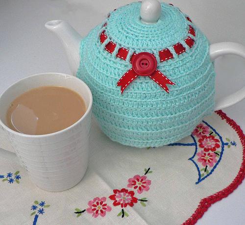 В'язаний светр для чайника - 6