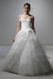 Модні весільні плаття 2011-37