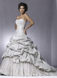 Модні весільні плаття 2011