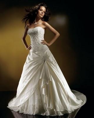 Модні весільні сукні 2011 9
