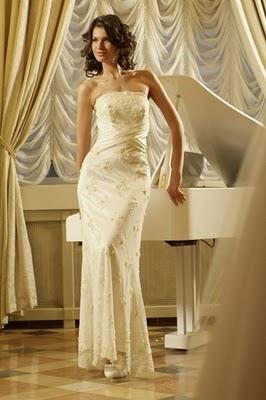 Модні весільні сукні 2011-10