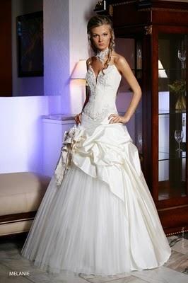 Модні весільні сукні 2011-14