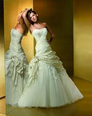 Модні весільні сукні 2011-3