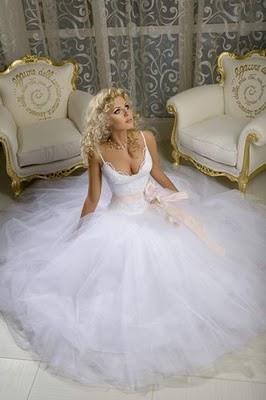 Модні весільні сукні 2011-5
