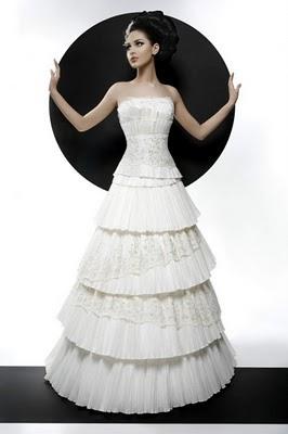 Модні весільні сукні 2011-2