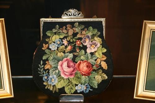 Вишиті красиві сумки