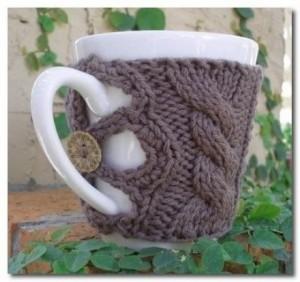 В'язаний светр для чашки - 10