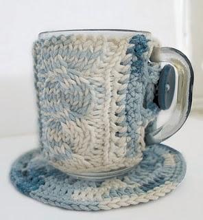 В'язаний светр для чашки - 14