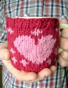 В'язаний светр для чашки - 15