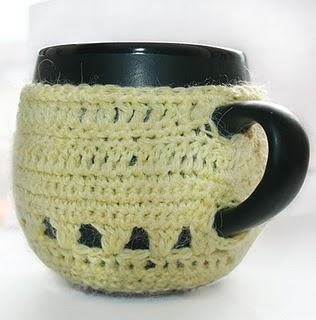 В'язаний светр для чашки - 2