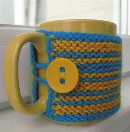В'язаний светр для чашки - 7