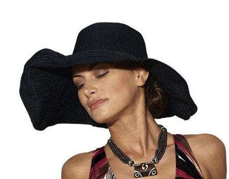 Модний літній капелюх