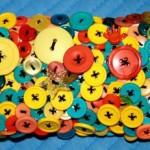 Сумки декоровані ґудзиками