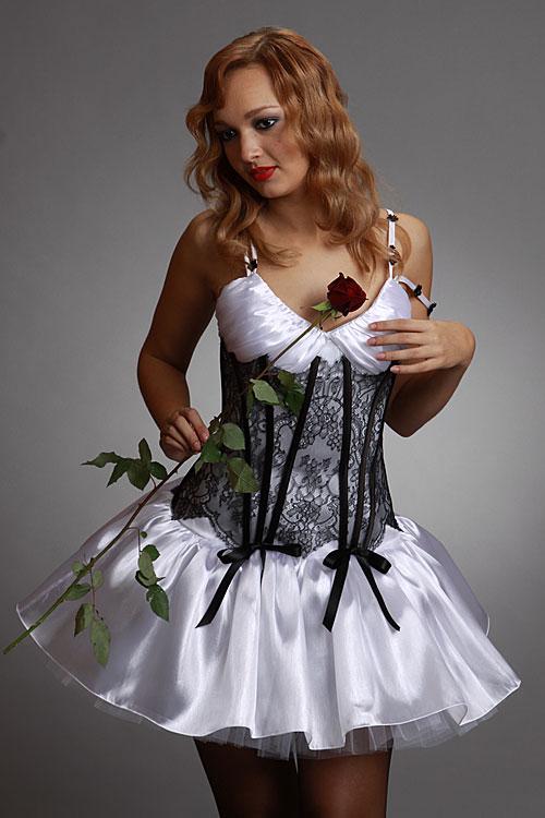 Випускні плаття 2011 - 10