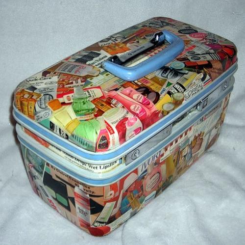 Декупаж старої валізи