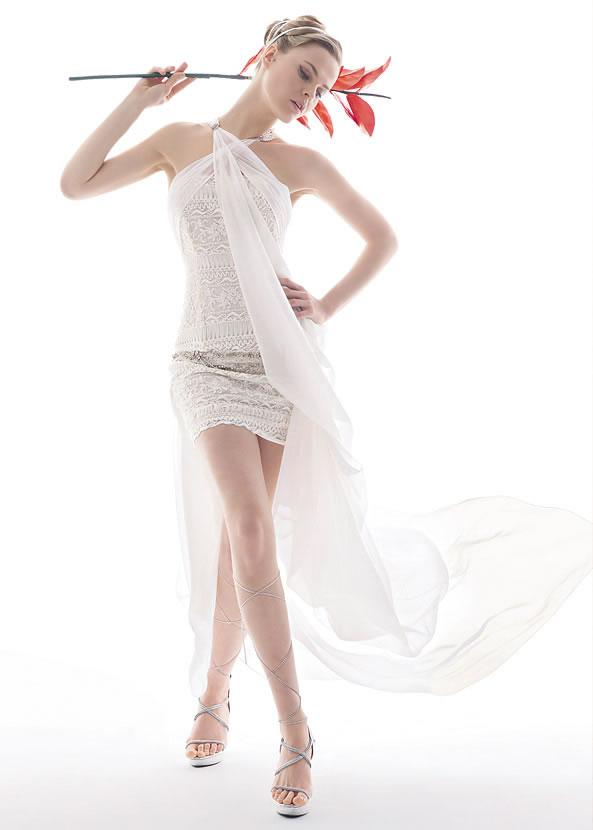 Коротке весільне плаття 2011