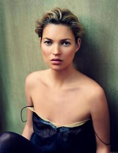Top 10 знаменитостей з маленьким бюстом - Кейт Мосс