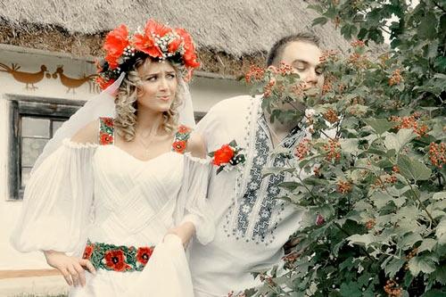 Етнічні весільні сукні