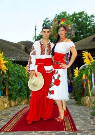 Етнічні весільні сукні - фото 26