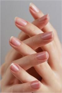 Поради для здорових нігтів