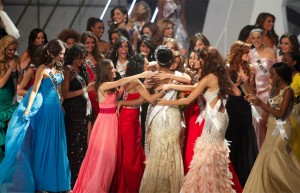 Міс Всесвіт 2011