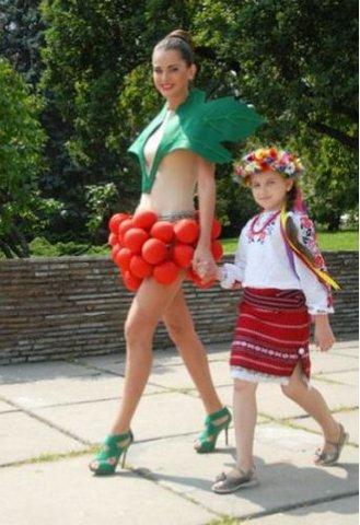 Олеся Стефанко - перша Віце-Міс Всесвіт 2011