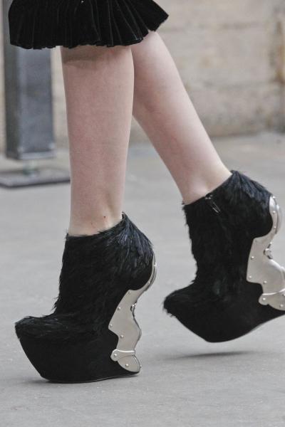 Модне взуття осінь-зима 2011/2012 - 12