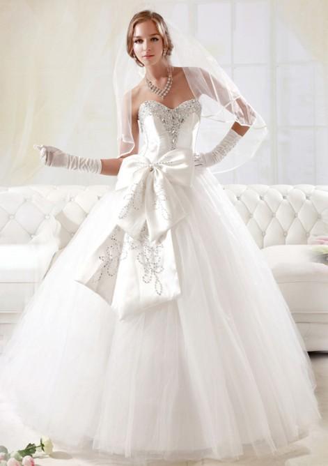 Весільні сукні 2012 модні тенденції