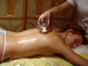 Баночний масаж
