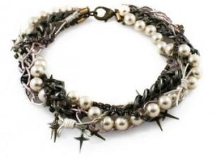 Кольє з перлами