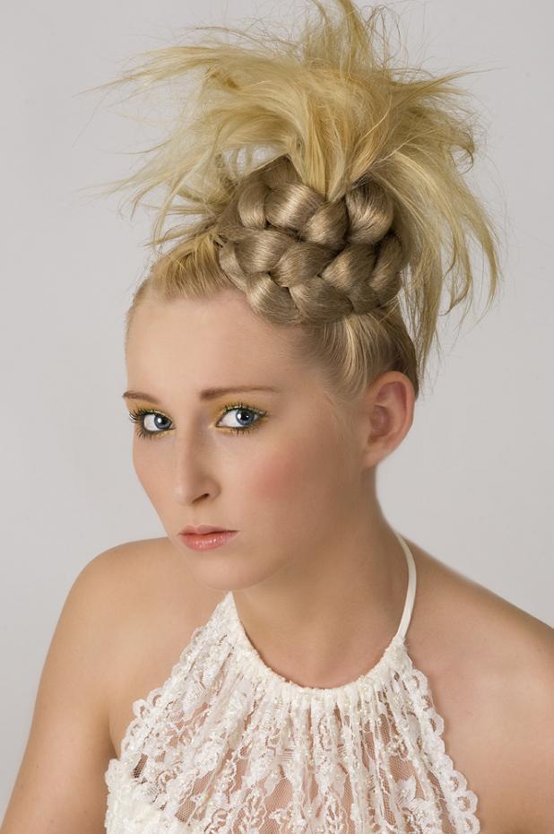 Новорічні зачіски 2013