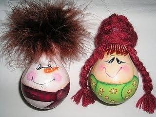 Новорічні іграшки з лампочок - фото 14