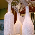 Новорічний декор з винних пляшок