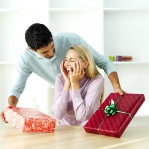 Що подарувати дівчині