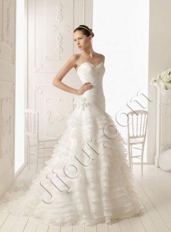 Весільні сукні 2013 - фото 35