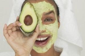 Маска для обличчя з авокадо