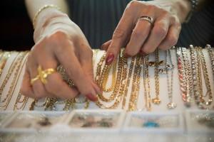 Золоті прикраси негативно впливають на організм