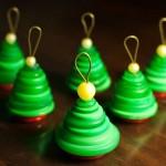 Новорічні іграшки з гудзиків - фото 8