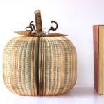 Новорічні іграшки з книжкових аркушів - фото 10