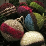В'язані новорічні іграшки - фото 31