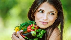 У чому різниця між вегетаріанцями та веганами